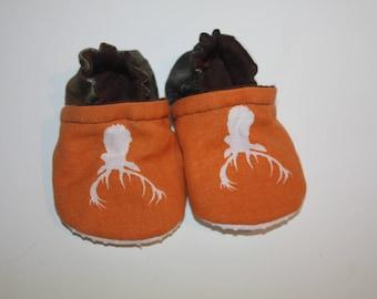 Deer camo baby shoes hunting baby Booties mossy oak baby shoes camouflage baby shoes newborn booties mossy oak baby toddler camo shoes