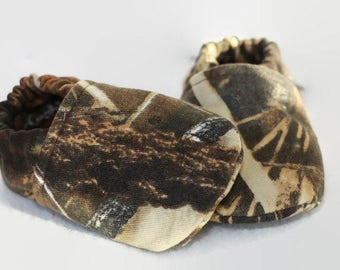Camouflage Max 4 baby shoes camo moccs duck hunting baby camo toddler slippers camo baby Booties crib shoes hunting gifts camo slippers