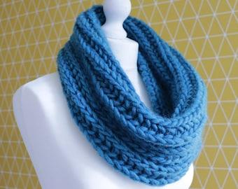 Cowl Knitting Pattern - Malin Chunky Cowl - PDF - Fisherman's Rib