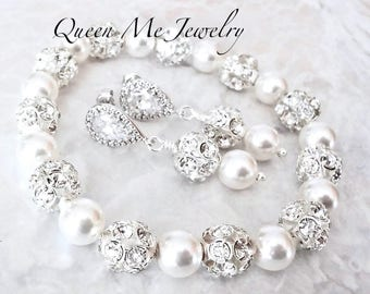 Pearl jewelry set Pearl bracelet and earring set Swarovski pearl jewelry set Sterling silver posts Brides Bridesmaids Wedding jewelry set