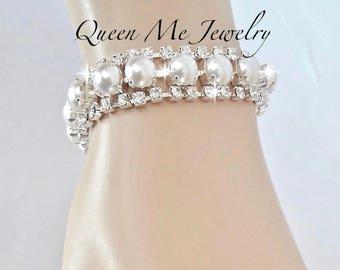 Swarovski pearl bracelet, Pearl bracelet, Pearl and crystal wedding bracelet, Brides pearl bracelet, Bridal bracelet, STUNNING, SOPHIA