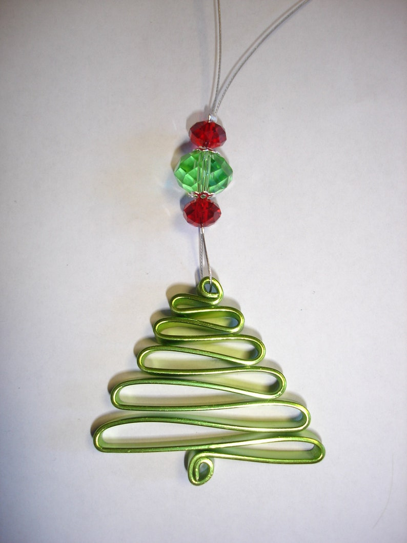 DIY Wire Christmas Tree Decoration in Black and Silver.