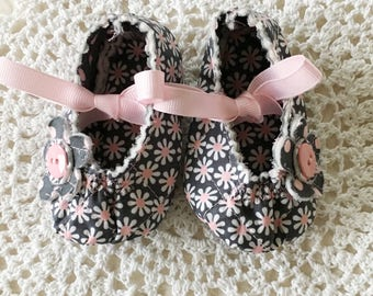 White, Pink and Gray Daisy Baby Mary Jane's in Three Sizes