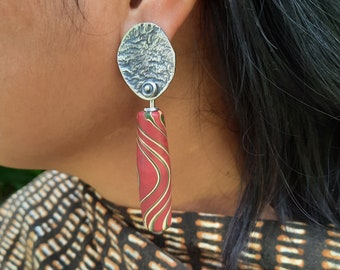 Modern Tribal Earrings, ethical jewelry. These earrings are Javanese glass beads with textured re-cycled sterling silver.