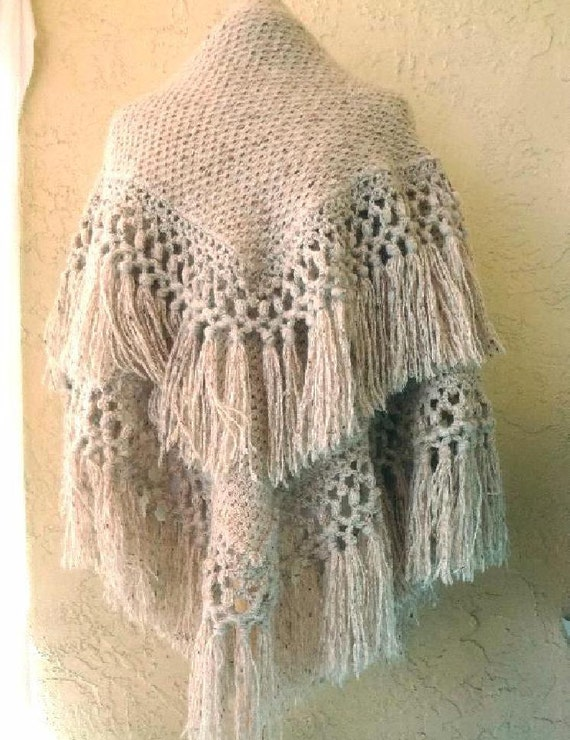 Heavy oatmeal color Natural Homespun Wool Shawl /… - image 2