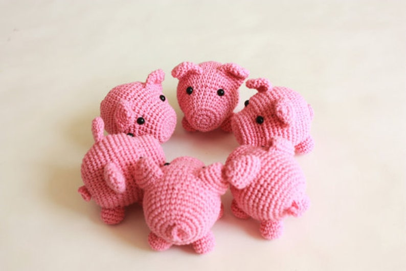 Tiny Amigurumi Crochet Piglet PATTERN  Printable PDF  in image 0