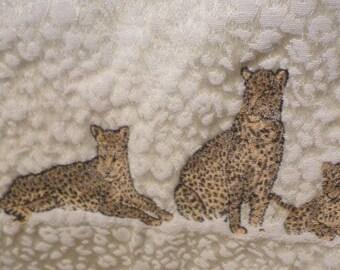 Pretty Punch Elephant Jaguar Leopard Leopard 1985 Jungle Animals Iron On Transfer Pattern