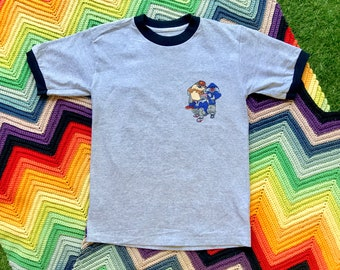 Vintage 90s Unisex Gray Black Gang Tazmanian Devil Bugs Bunny Sylvester Cat Ringer Crewneck Heat Transfer Cotton Short Sleeve T-Shirt XS S