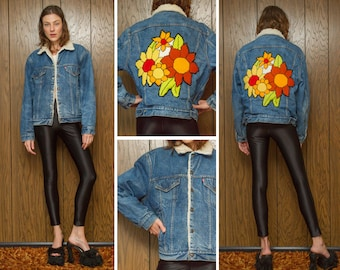 Vintage 70s Levis Levi's Sherpa Lined Flower Sunflower Autumn Fall Floral Flowers Back Patch Distressed Blue Denim Jean Jacket Coat M L 42 R