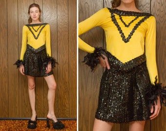 Vintage 80s Shiny Yellow Black Sequined Feather Boatneck Trim Long Sleeve Ice Skate 2 piece Dance Skirt V Striped Asymmetrical Costume Set M