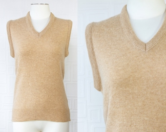 Vintage 70s 80s Marshall Field's Lambswool Men's Brand Beige Brown Tan Chunky Collar Ribbed Classic Sleeveless V-Neck Sweater Vest Sz Small
