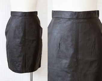 Vintage 80s 90s Genuine Black Pelle Club Leather Lined High Waist Back Zip Button Fitted Pin Up Rocker Knee Length Wiggle Pencil Skirt S M