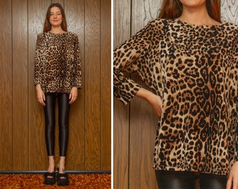 Vintage 90s Y2K Soft Plush Leopard Cheetah Big Cat Animal Print Boatneck Velvet Three Quarter Sleeve Shirt Tunic Shoulder Pad Blouse Top M