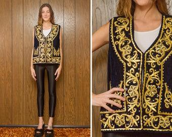 Vintage 60s 70s Sgt. Pepper Navy Blue Gold Embroidered Beaded Velvet Flower Floral Front Textured Kaftan Caftan Cardigan Vest Top fits L XL