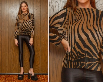 Vintage 90s Y2K Plisse Accordion Pleat Pleated Tiger Animal Print Gold Black Striped Ribbed Stretch Boat Neck Textured Long Sleeve Shirt Top