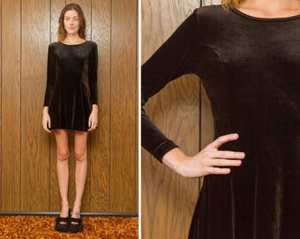 Vintage 90s Newport News Black Velvet Long Sleeve Grunge Skater Mini Babydoll Dress
