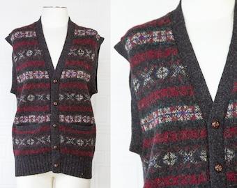 Vintage 80s 90s Nordstroms Brand Scottish Shetland Wool Gray Burgundy Green Blue Striped Sleeveless V-Neck Button Sweater Cardigan Vest XL