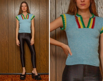 Vintage 70s Light Sky Baby Blue Green Red Yellow Ribbed Stretch Triangle Aztec Tribal African Mayan V Neck Cap Short Sleeve Shirt Top XS S M