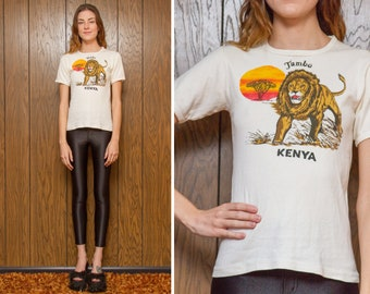 Vintage 70s Tambo Kenya Africa Lion Safari Sunset White Yellow Orange Red Screen Print Novelty Travel Short Sleeve Ringer T-Shirt Top XS S