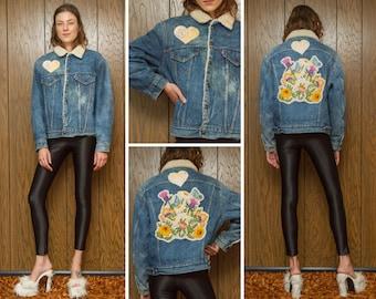 Vintage 80s Levis Levi's Sherpa Lined Flower Butterfly Pastel Floral Spring Flowers Back Patch Distressed Blue Denim Jean Jacket Coat M L 44