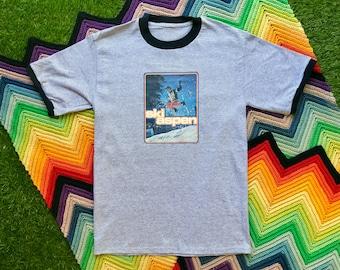 Vintage 90s Deadstock Unisex Gray Black Ski Aspen Ringer Crewneck 70s Heat Transfer Graphic Novelty Thick Cotton Short Sleeve T-Shirt M L