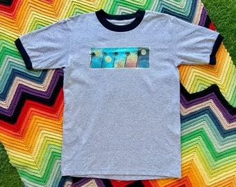 Vintage 90s Unisex Gray Black Glitter Palm Tree Sunset Ringer Crewneck Heat Transfer Graphic Novelty Rainbow Cotton Short Sleeve T-Shirt S M