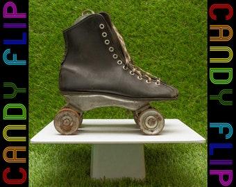 Vintage 30s 40s Women's Antique Black Beige Leather Metal Wheel Checker Lace Up 4-Wheel Distressed Decorative Roller Skates Ankle 4.5 / 5