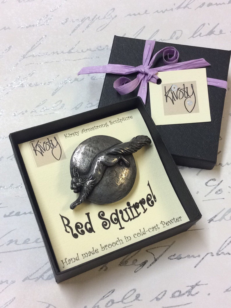 Hand Made Red Squirrel brooch Pin. With A Copper Pewter Or Cold-cast pewter