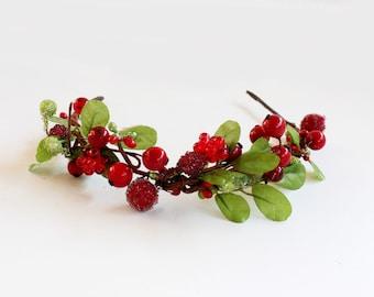 Winter Floral Crown, Winter Crown, Winter Headpiece, Wedding Flower Crown, Woodland bridal, Christmas headpiece, christmas floral crown