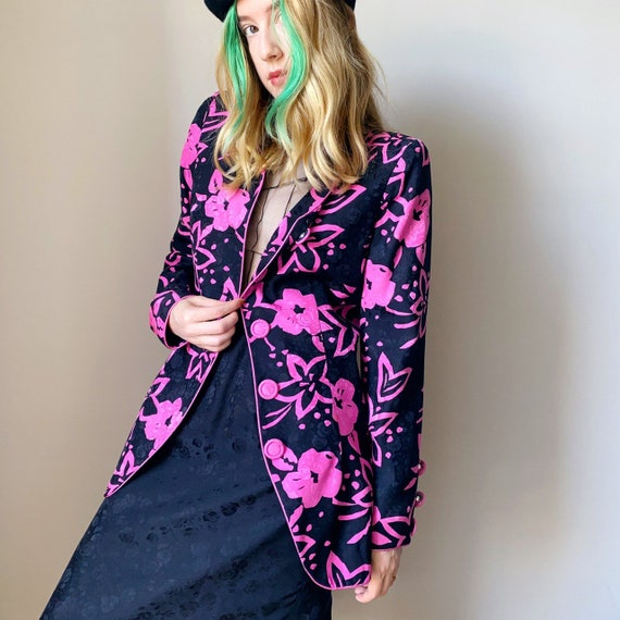 80s/ 90s amazing pink and black silk floral blazer