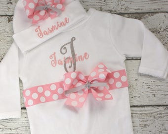 Baby Girl Coming Home Outfit, Baby Name Hat, Hospital Bow Hat Pink,  Baby Name Gown, Bring Home Outfit, Personalized Take Home outfit Girls