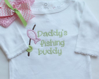 Personalized Baby Girl outfit, Girls Daddy's Fishing Buddy with Matching headband, Girls Newborn Take Home Outfit, Newborn Photo Prop