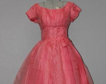 0624c1e0274e Gorgeous Vintage Organza Party Dress