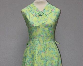 d48968ab4947 Green Floral Vintage Summer Sundress