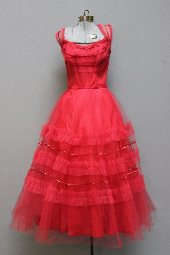 Vampy Vintage 1950s Red Tulle Prom Gown