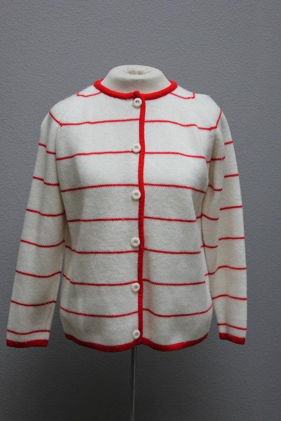 Classy Vintage Striped Cardigan