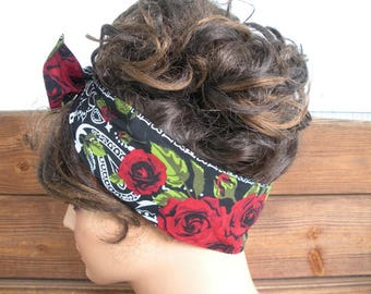 Womens Headband Dolly Bow Headband Retro Summer Fashion Accessories Women Headscarf Bandana in Black with Red Roses print