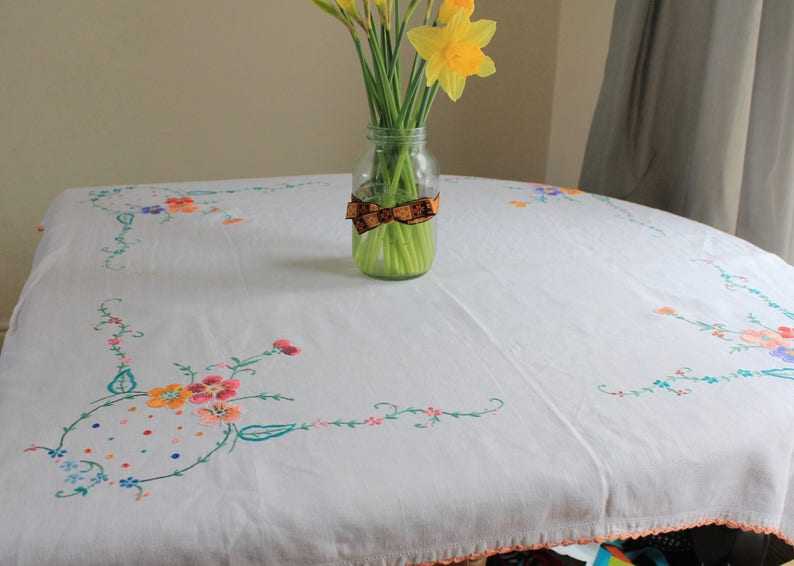 Vintage EmbroideredTablecloth with Picot Edge