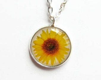 Sunflower Necklace, Sun Flower Necklace, Yellow Flower Pendant, Dainty Picture Pendant, Jewellery Gift for Her, Tiny Pendant