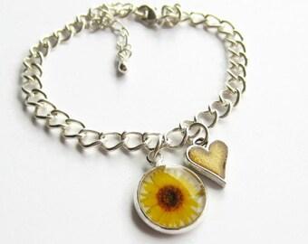 Sunflower Charm Bracelet, Yellow Flower and Heart Bracelet, Sunflower Jewellery, Flower Girl Bracelet, Bridesmaid Gift, Wedding Jewelry