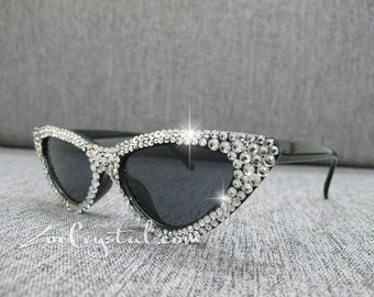 797a6d33e2 HOLLYWOOD Fashionable Cat Eye Sunglasses   Shades   Sunnies w Clear White  Bling Sparkly Rhinestones Festival Rockabilly Retro Pin Up
