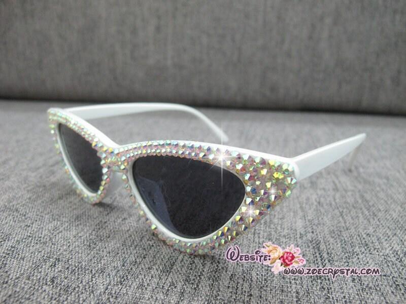 HOLLYWOOD Fashionable Cat Eye Sunglasses Shades Sunnies Embelished w Clear White Bling Sparkly Rhinestones Festival Rockabilly Retro Pin Up