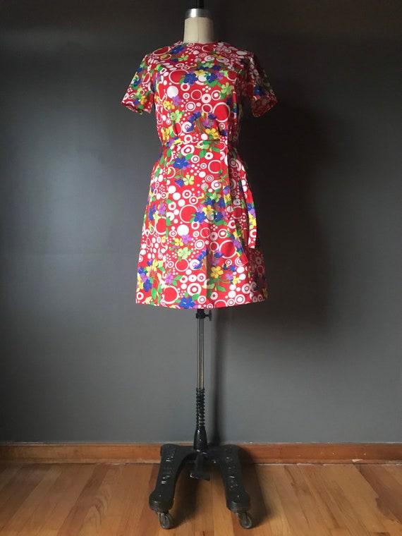 70s Mod Mini Dress Green PAGANNE Dress Tribal Geometric Print V Neck Dress 70s Vintage Minidress Boho Hippie Sleeveless Bohemian Small