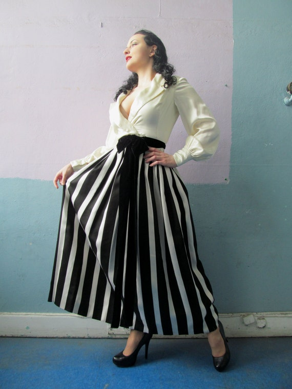 Vtg 50s 60s Amazing Striped Skirt Dress / Black &… - image 4