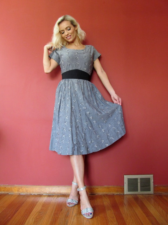 Vtg 40s 50s Chambray Embroidered Dress