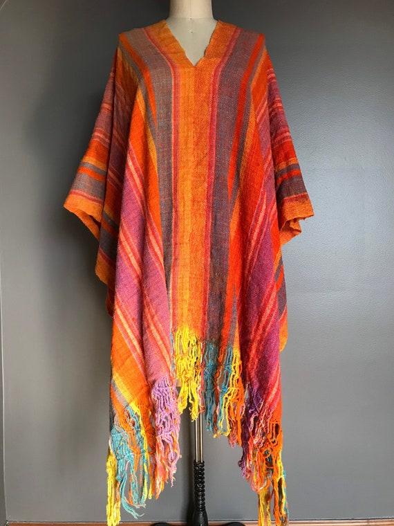 Amazing Woven Poncho  Warm Wool Poncho  70s Southwestern Blanket Wrap  Aztec Heavy Poncho  Navajo Fringe Sweater