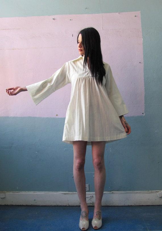 Vtg 70s White Swim Beach Dress / Cover Up