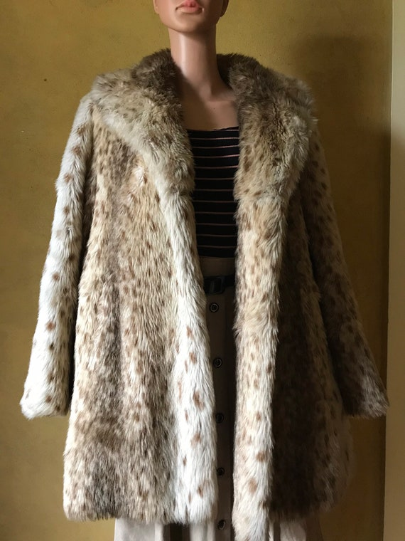 Vtg 60s 70s Faux Fur Coat / Snow Leopard