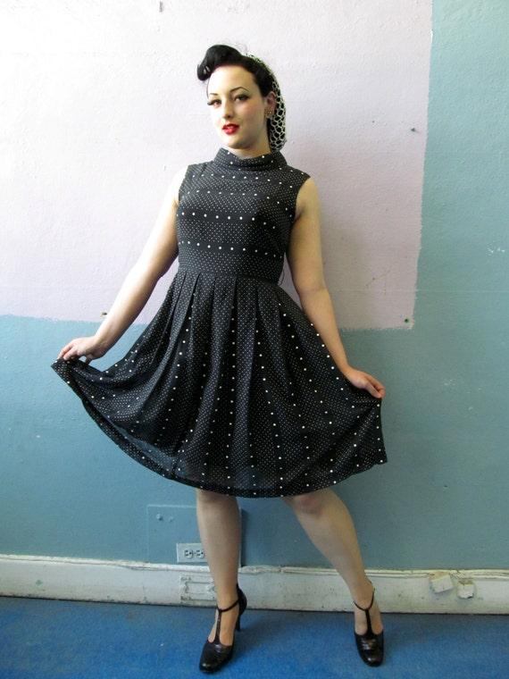 Vtg 50s 60s Semi Shear Cotton Sun Dress / Polka Do