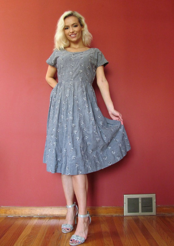 Vtg 40s 50s Chambray Embroidered Dress - image 5